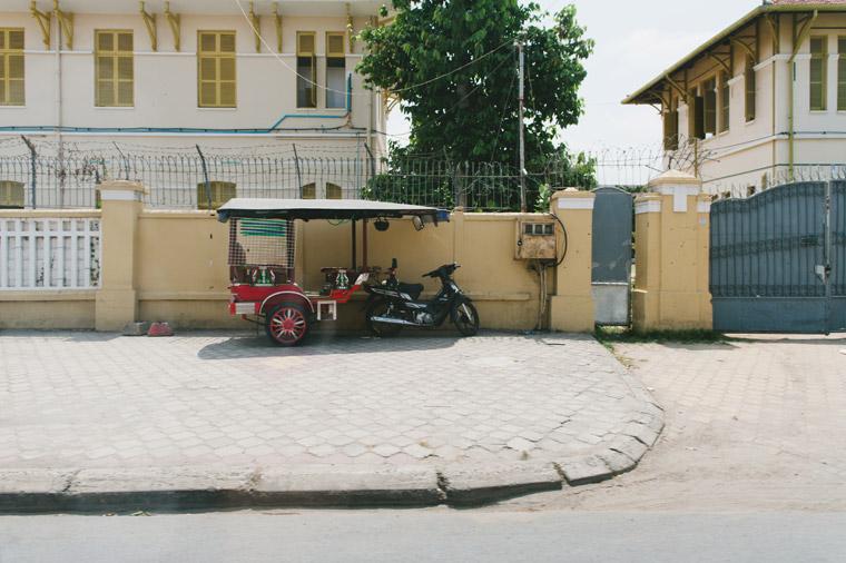 Phnom-Penh-Cambodia-Street-Photography-Travel-Inlight-Photos-Joshua039