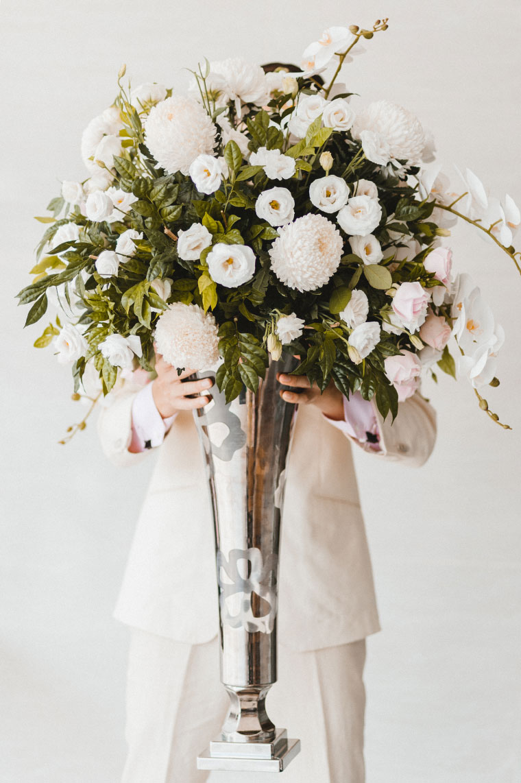 the-wedding-notebook-magazine-styled-shoot-japanese-four-points-inlight-photos0011