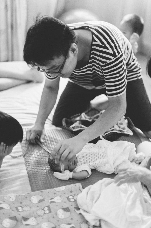 Malaysia-Family-Lifestyle-Water-Birth-New-Born-Photographer-Inlight-Photos-Joshua-QY0012